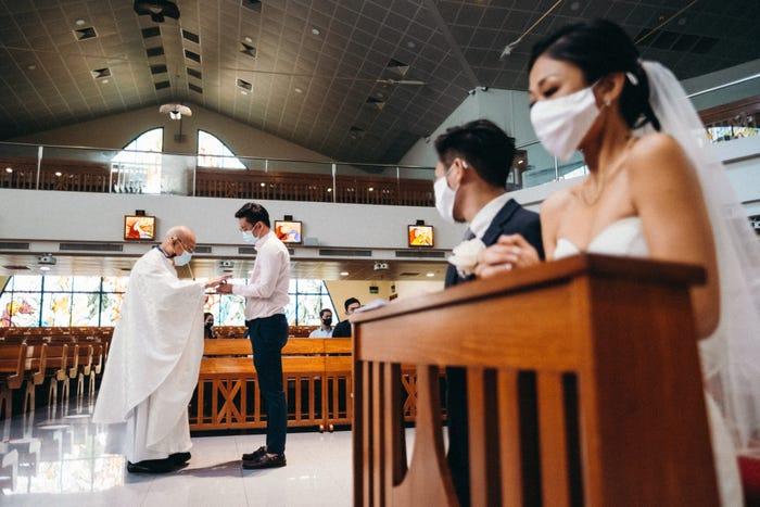 Chinese wedding social distancing