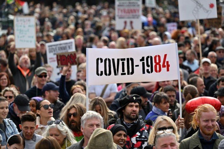 anti-vaxxer protest