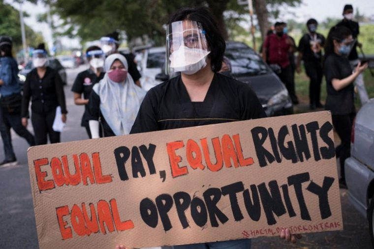 Doctors on the street, protesting for equal pay and equal rights