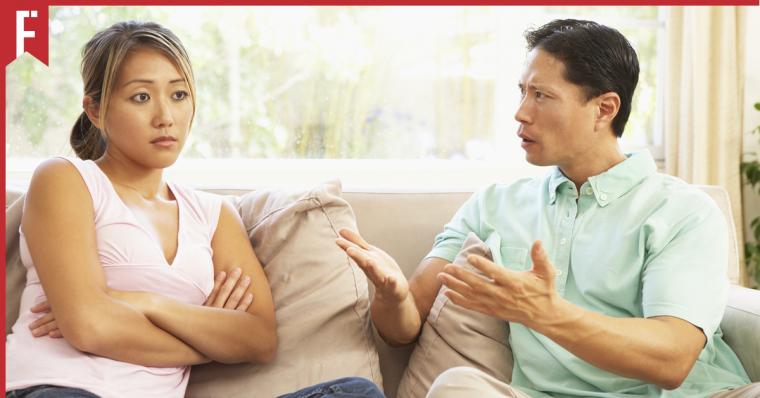 5 Ways to Talk to Your Anti-Vaxxer Auntie